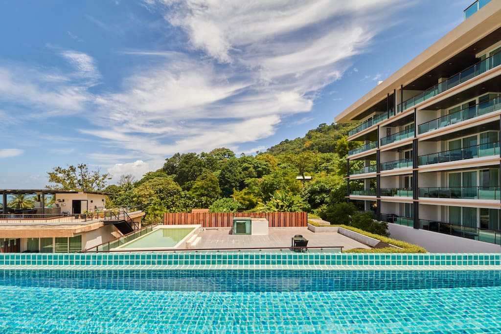 This 1 bedroom / 1 bathroom Apartment for sale is located in Kalim on Phuket