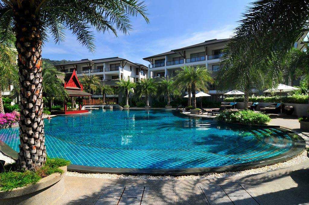 This 2 bedroom / 2 bathroom Apartment for sale is located in Naithon on Phuket