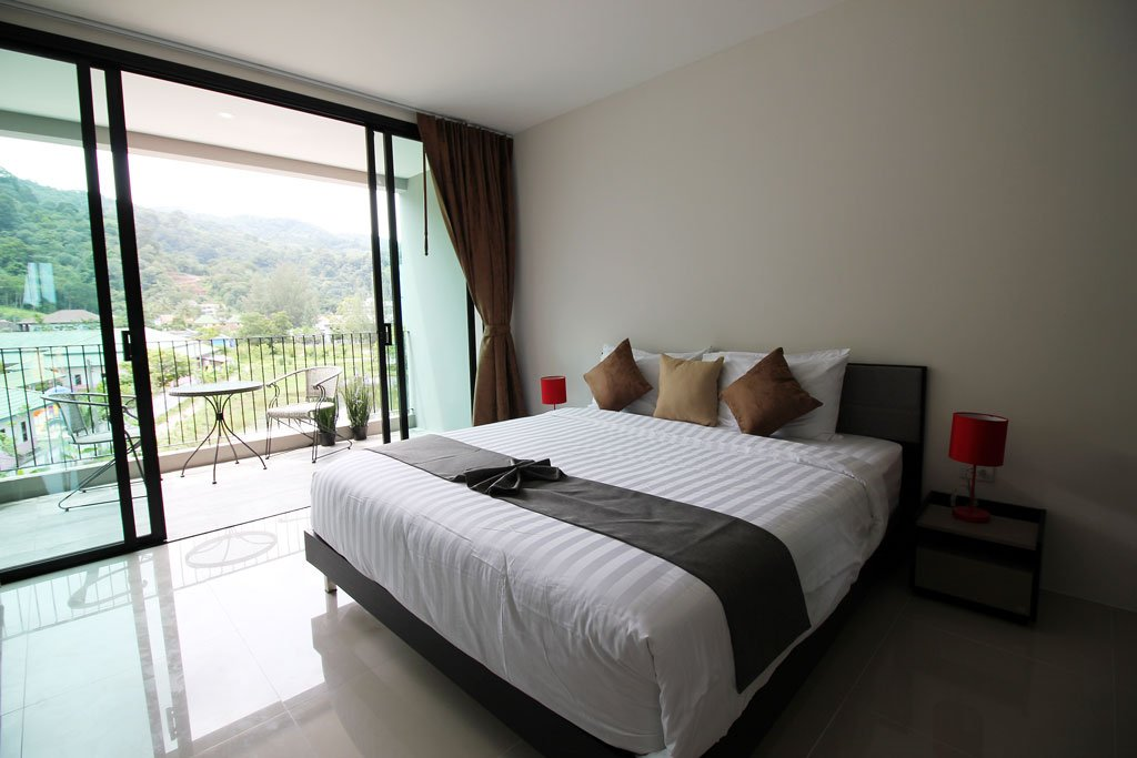 3 bedroom / 3 bathroom Villa in Kamala is available for sale, or re-sale.