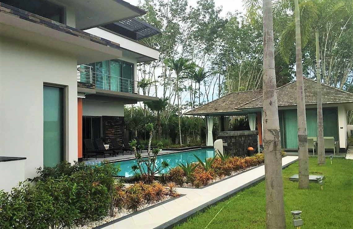 This 4 bedroom / 4 bathroom Villa for sale is located in Cherng Talay on Phuket