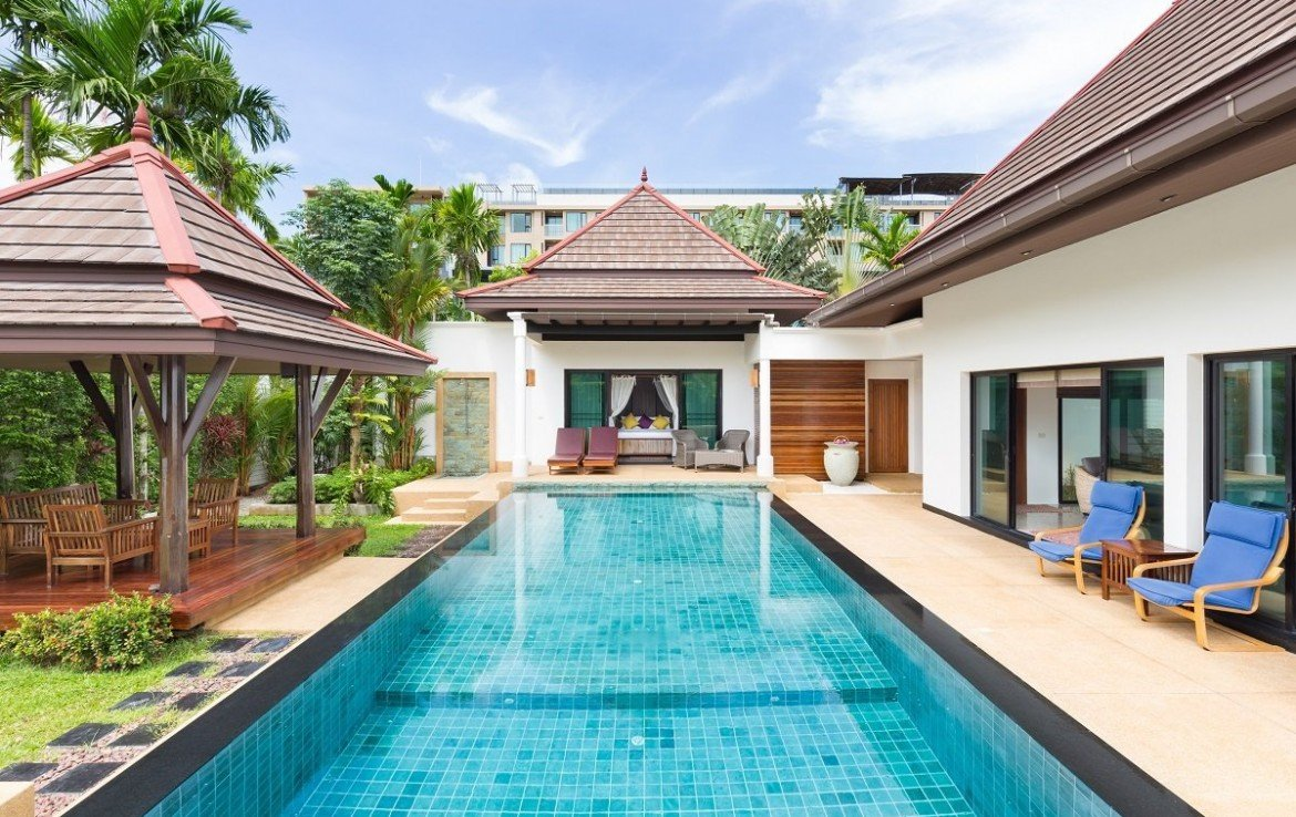 This 3 bedroom / 4 bathroom Villa for sale is located in Surin Beach on Phuket