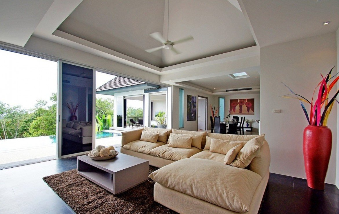 3 bedroom / 4 bathroom Villa in Layan is available for sale, or re-sale.