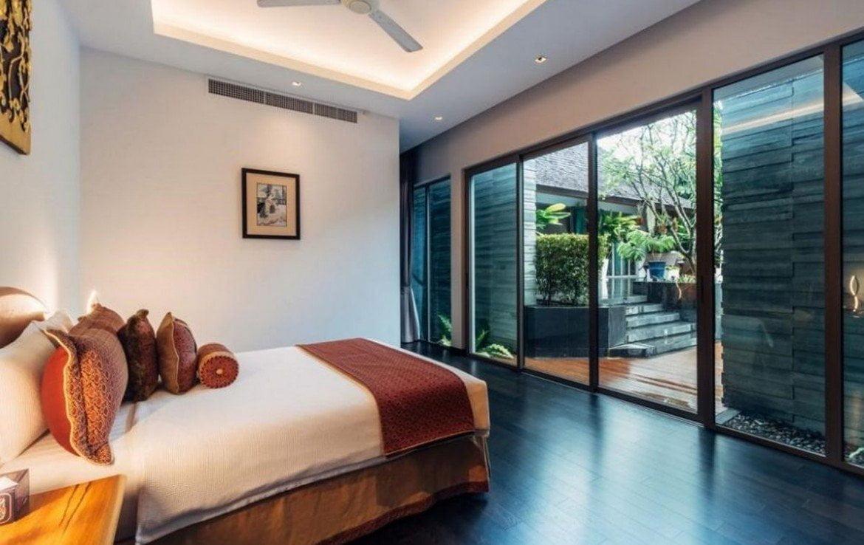 This 5 bedroom / 7 bathroom Villa for sale is located in Laguna on Phuket