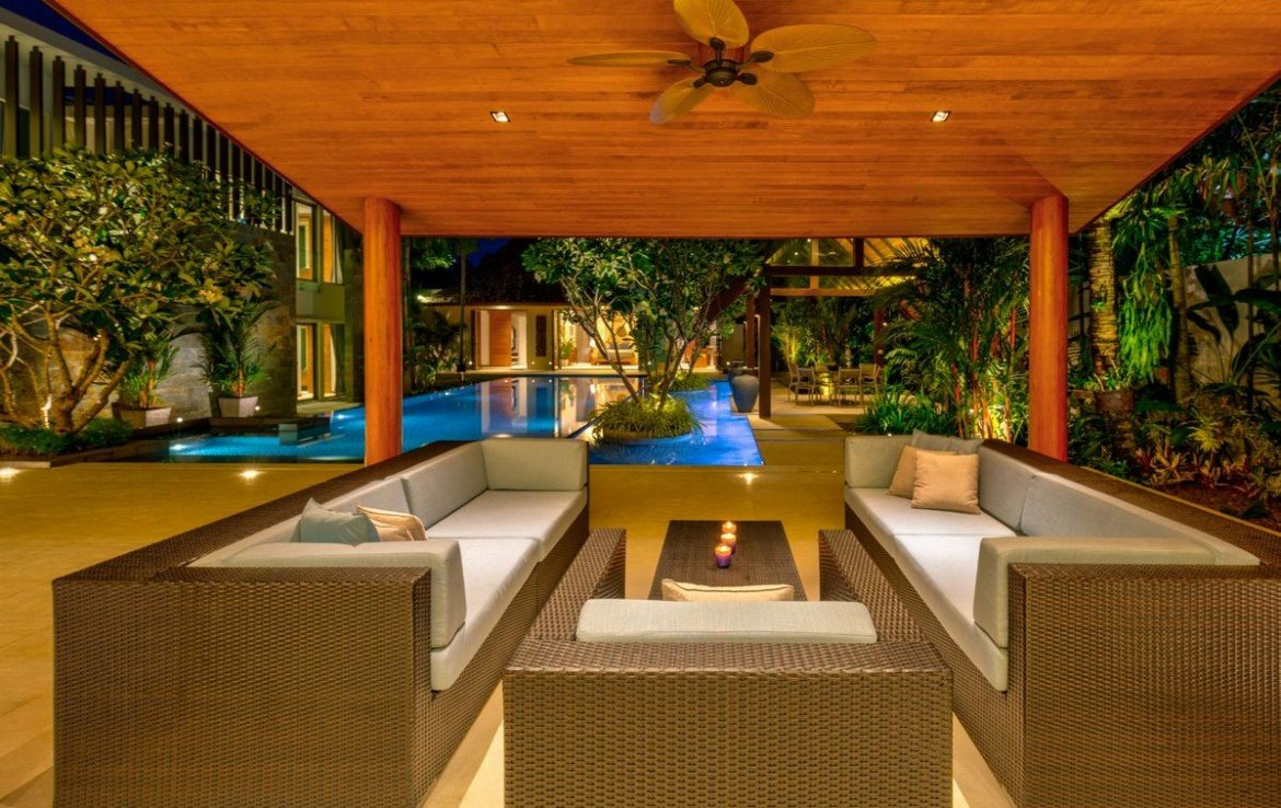 This 7 bedroom / 8 bathroom Villa for sale is located in Layan on Phuket