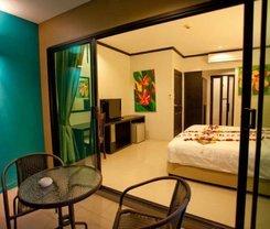 Kata Green Beach Hotel. Location at 100/76 Kata Rd,Karon