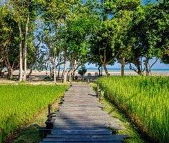 Thara Patong Beach Resort & Spa. Location at 170, 170/1 Thaweewong Road, Patong Beach, Kathu