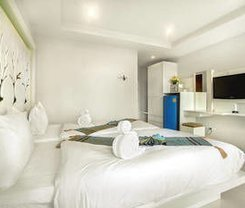 The Silk Hill Hotel. Location at 148/6-10 Soi Nanai Villa, Nanai Road