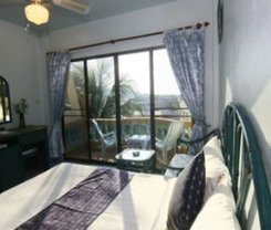 Patong Sunbeach Mansion. Location at 207/4 Soi 6 Nanai Road, Patong
