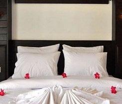 Lemongrass Hotel Patong. Location at 2/5 Sirirat Road