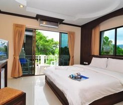 Triple Rund Place. Location at 20/16-22 Siriraj Road, Patong Beach, Kathu,