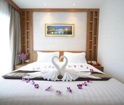 Expat Hotel Patong Center. Location at Patong Center, Phang Muang Sai Kor Road, Phuket