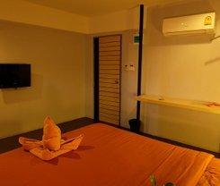 Loma Hostel at Phuket Town. Location at 16-18 Phang Nga Road, Talat Yai, Mueang